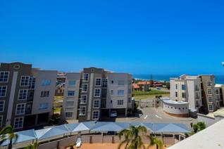 Casa Grande is a well kept safe complex in Reebok, walking distance from the beach! Each block is seperate with 6 units and a ...
