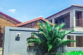 Investors dream for sale in Protea North for R 2 700 000.  Calling all investors to come ...