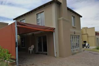This duet is situated in Tergniet in a neat well kept security complex walking distance from the beach of Tergniet. The complex is very ...
