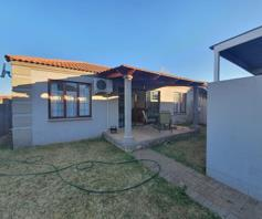 Townhouse for sale in Langenhovenpark