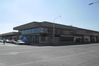 Looking for a spacious building, you found it.  This 490 sq m building is situated in ...