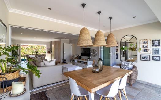 4 Bedroom House for sale in Kindlewood Estate
