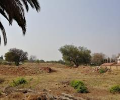 Vacant Land / Plot for sale in Die Hoewes