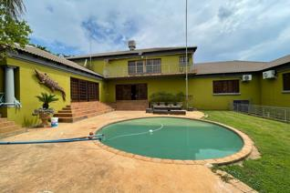 This Property offers you the following :  6 Bedrooms 5 Bathrooms Kitchen Living area Domestic Room Outside Toilet Lapa 3 ...
