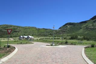 Get up to 30% off Stands on the Clarens Mountain Estate.  Stands from R352,500.  This is ...
