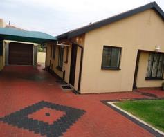 Property and houses for sale in morula view pretoria for Mokoena kitchen units mabopane