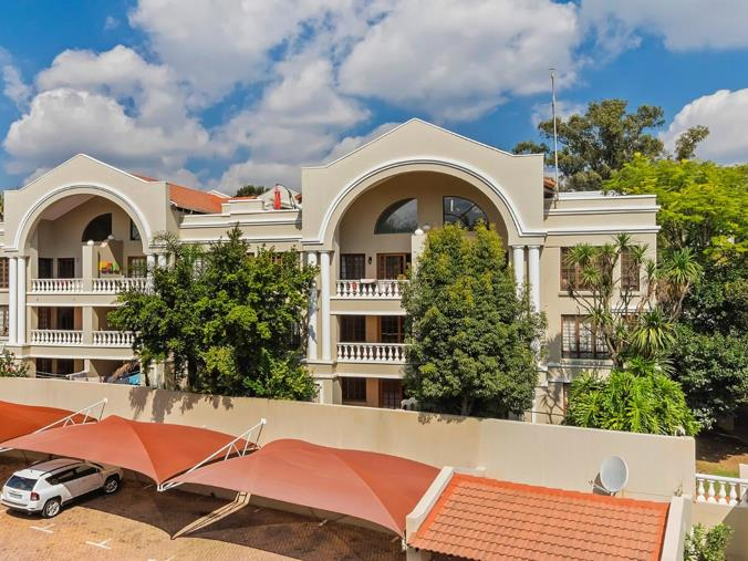 2 Bedroom Apartment Flat To Rent In Hyde Park Hyde Boulevard Hyde Close Hyde Park Sandton