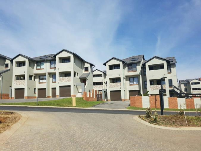 4 bedroom townhouse for sale in kyalami unit 56 On riverbend estate