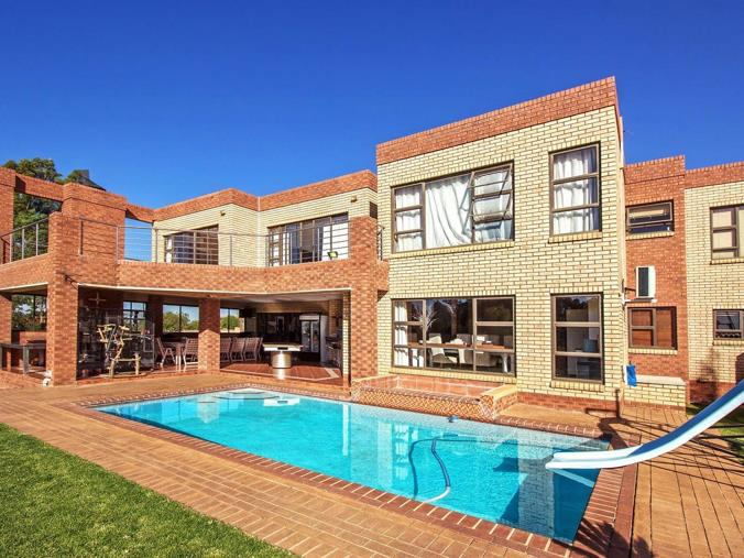5 Bedroom House For Sale In Mooikloof Equestrian Estate