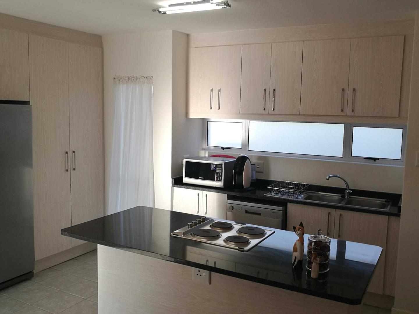 kitchen designs nelspruit 2 bedroom apartment flat for in nelspruit 804