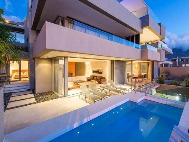 Buyers shelling out for luxury Atlantic Seaboard apartments