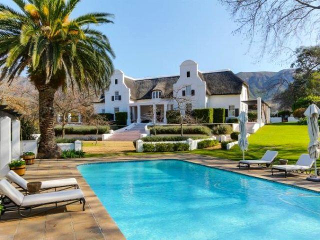 10 Absolutely Gorgeous Cape Town Houses From A Bygone Era Market