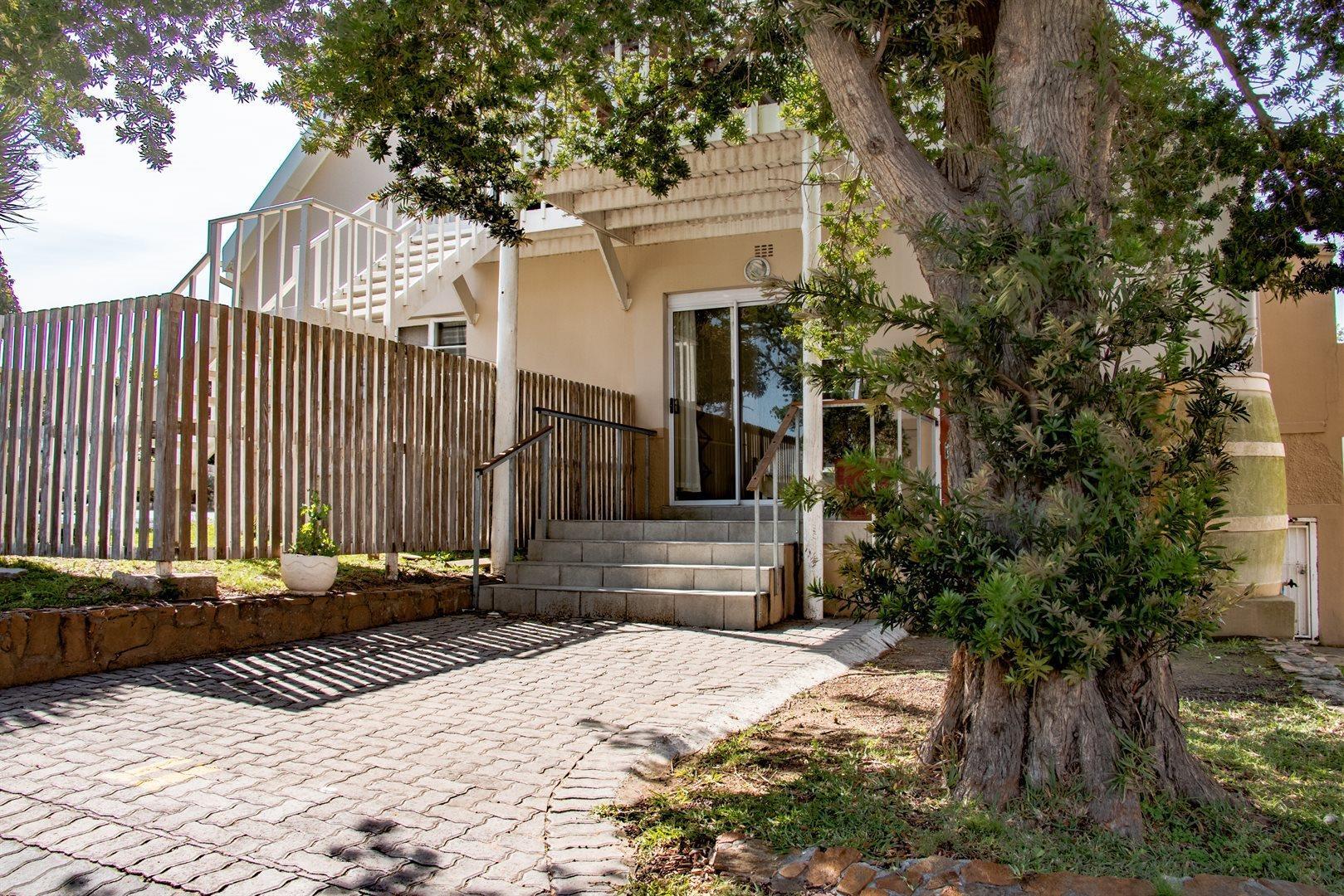 2 Bedroom Townhouse For Sale In Kabega Park