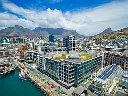 This One Bedroom And A Half Bathroom Apartment In No 3 Silo At The Cape Town Waterfront Is On Market For R6 999 Million Click Here To View