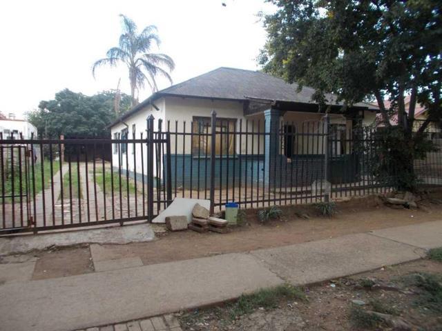 , House, 3 Bedrooms - ZAR 850,000