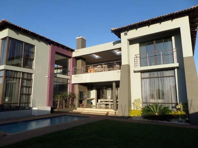 Property and Houses for sale in Amberfield, House, 4 Bedrooms - ZAR 4,395,000