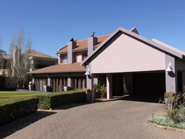 Property and Houses for sale in Amberfield, House, 3 Bedrooms - ZAR 2,995,000