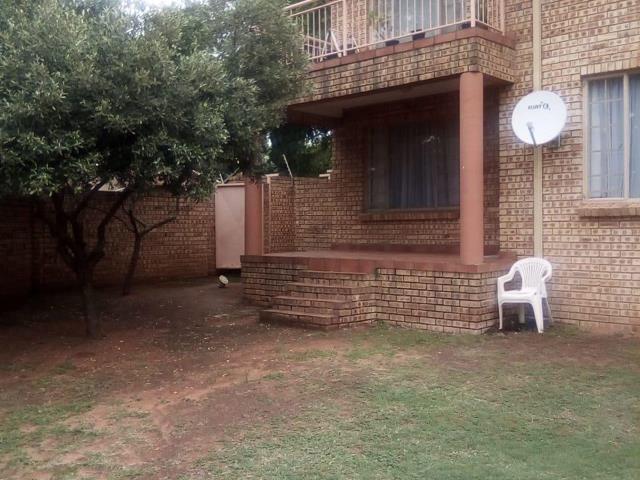 Johannesburg, Elandspark Property  | Houses For Sale Elandspark, Elandspark, House 2 bedrooms property for sale Price:640,000