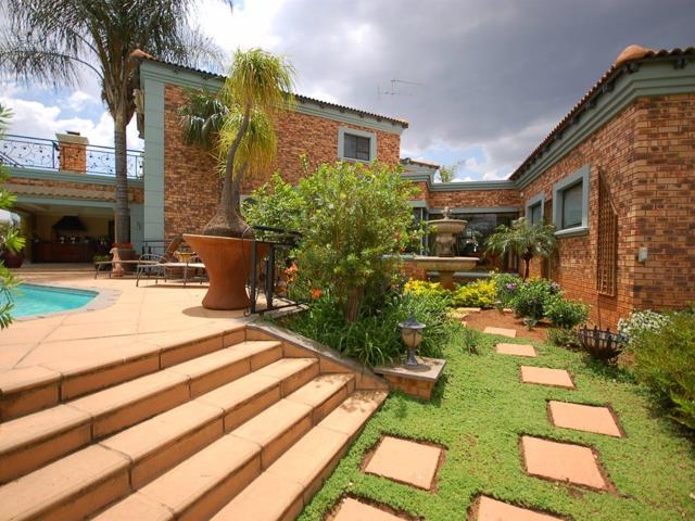 Residential Property, House, 3 Bedrooms - ZAR 4,495,000