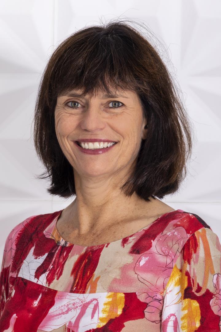 Fiona Crago