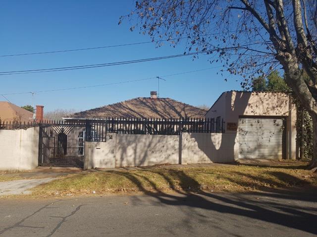 , House, 3 Bedrooms - ZAR 920,000