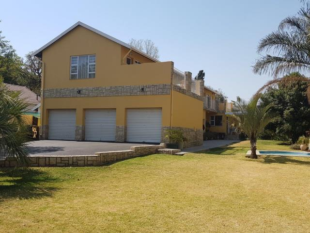 Property for Sale by Alaaddin Cakirerk, House, 4 Bedrooms - ZAR 2,800,000