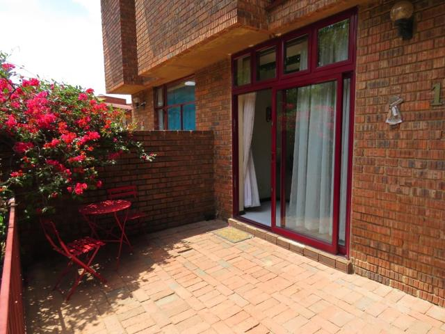 , Townhouse, 3 Bedrooms - ZAR 995,000