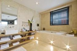 Diy ideas for bathroom shelves diy lifestyle for Bathroom heaters builders warehouse